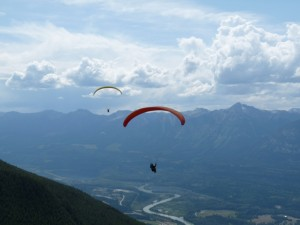 (Photo: Garth Henderson) Paragliding at the 2013 Willi XC Challenge